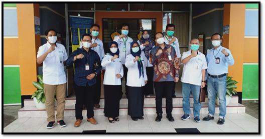 DIREKTUR MENERIMA BANTUAN DANA LEMBAGA AMIL ZAKAT NASIONAL (LAZNAS) BANK SYARIAH INDONESIA (BSI) UNTUK MAHASISWA POLTEKKES KEMENKES BENGKULU